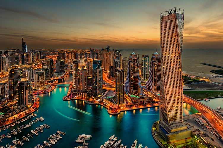 فيزا-الإمارات-تأشيرة-الدخول-الى-الامارات