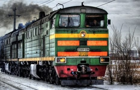 Travel-by-train-465x370