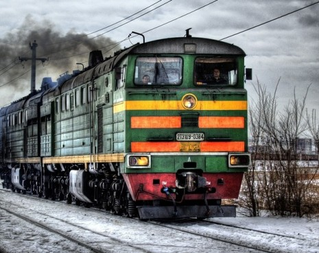 Travel-by-train-465x370
